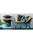 Стилни и красиви декоративни възглавнички за Вашия дом . Одеяла от меки материали . Свежи цветове и модели .